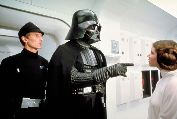 David-Prowse-as-Darth-Vader-in-Star-Wars-Episode-IV