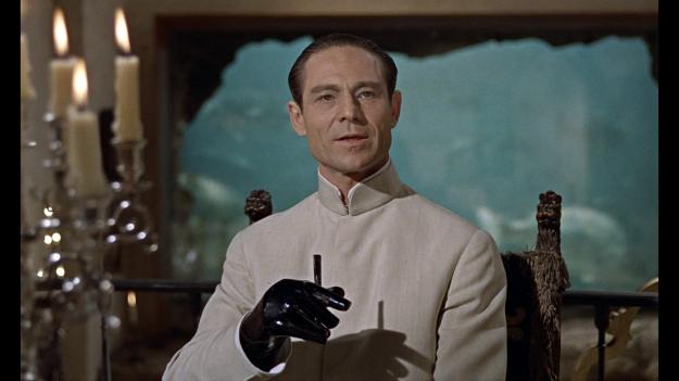 dr-no-james-bond-joseph-wiseman-sean-connery-ursula-andress-honey-ryder-spectre-movie-review-1962