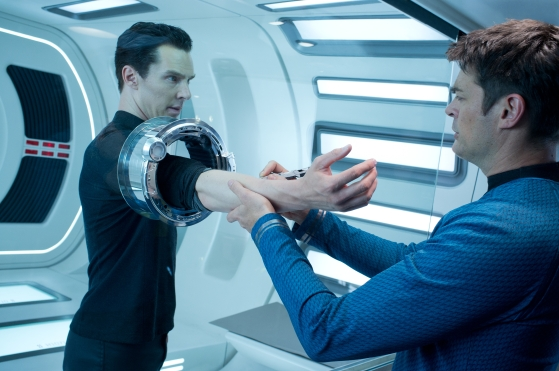 star-trek-into-darkness-karl-urban-benedict-cumberbatch.jpg