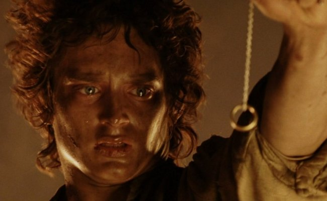 frodo-the-lord-of-the-rings-the-return-of-the-king-el-retorno-del-rey-2003