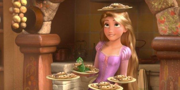 Rapunzel-balancing-cookies-in-Tangled.jpg