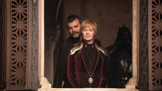 820410-lena-headey-and-pilou-asbaek-in-ep-04-of-got-s08