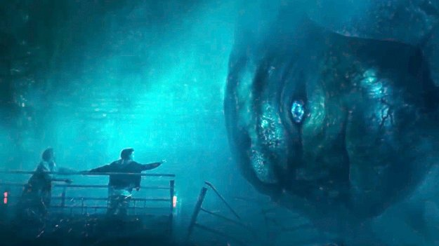 godzilla_king_of_the_monsters_toho_fans_and_mothra_millie_bobby_brown.jpg