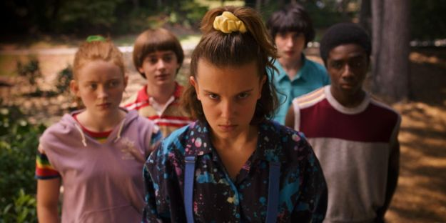 stranger-things-season-3-kids-eleven-scrunchie.jpg